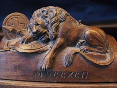 Antique Hand Carved Wood Inkwell Lion of Lucerne with Pen/pencil holder