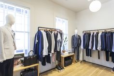 Presented by Perry Poole is an architect and the co-owner of Tabor. Perry is a super stylish dude – just ask his wife, Laura Vinroot Poole, the fashion genius behind Capitoland Poole Shop. We asked him to guide us on what men actually want for Father's Day because he's not only stylish, he's also a …