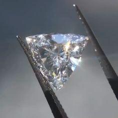 diamond jewelry Jeweller: Dream Diam Ltd. Sparkly Jewelry, Turquoise Jewelry, Wedding Jewelry, Gold Jewelry, Jewelery, Jewelry Necklaces, Mens Diamond Stud Earrings, Diamond Jewelry, Emerald Cut Diamonds