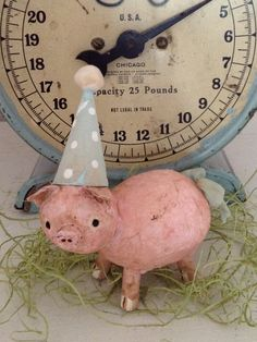 Pig Cute Crafts, Crafts For Kids, Diy Crafts, Paper Mache Clay, Clay Art, Rainy Day Crafts, This Little Piggy, Paperclay, Clay Dolls