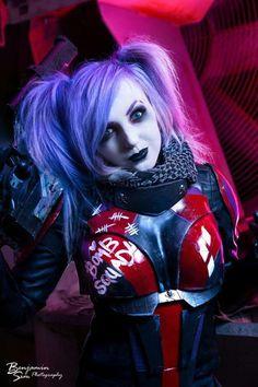 Jessica Nigri, Harley Quinn - Bomb Squad.
