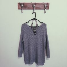 Forever21 Knit Sweater Great condition Feel free to ask me any questions Thanks for browsing my closet! Happy Poshing Forever 21 Sweaters Crew & Scoop Necks