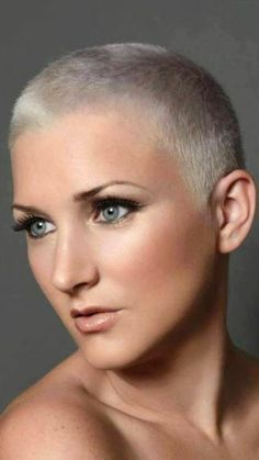 There is Somthing special about women with Short hair styles. I'm a big fan of Pixie cuts and buzzed cuts. Short Grey Hair, Short Hair Cuts, Short Hair Styles, Pixie Cuts, Girls Short Haircuts, Short Hairstyles For Women, Buzz Cut Women, Buzz Cuts, Buzzed Hair