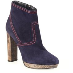 Burberry Hazelhurst Suede Platform Booties ($950) ❤ liked on Polyvore featuring shoes, boots, ankle booties, apparel & accessories, navy, platform booties, suede bootie, navy blue suede boots, short boots and navy suede booties