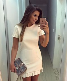 Pin de pamella araújo em casual dresses, fashion e fashion o Cute Dresses, Casual Dresses, Short Sleeve Dresses, Summer Dresses, Dress Outfits, Cool Outfits, Fashion Dresses, White Homecoming Dresses, Dress Skirt