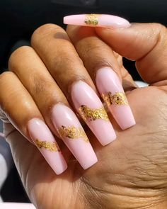 Soft pink poly gel and golden foil nail design 💅🏼😍💎 by @longhairprettynails Foil Nail Designs, Nail Art Designs Videos, Aycrlic Nails, Foil Nails, Nail Jewelry, Jewellery, Pastel Nail Art, Stylish Nails, Pedicure Ideas