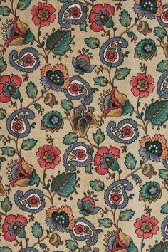 vintage gordijnen met fris-roze barok-print. www.sugarsugar.nl | OUR ...