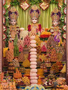 annakut darshan | Annakut Darshan, Ahmedabad Bhagavata Purana, Shiva Lord Wallpapers, Hindu Dharma, 14 November, Lord Krishna Images, Krishna Art, Hanuman, Ahmedabad, Diwali
