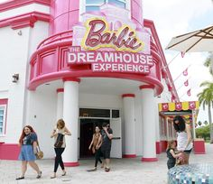 The Barbie Dreamhouse Experience, Sawgrass Mills Mall. OMG I need to go here even at the age of 20.