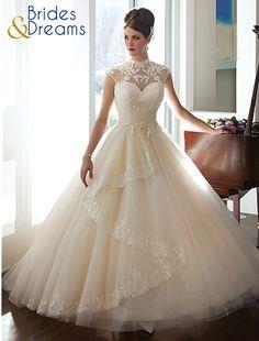 Asesoría en cada detalle para lograr que encuentres tu vestido perfecto para ese día tan especial y solo lo encontraras en Brides and Dreams