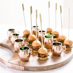 Tapas, Happpy Birthday, Mini Sliders, Wedding Catering, Wedding Canapes, Catering Table, Wedding Venues, Cocktail Glass, Food Presentation