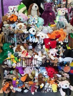 TY beanies babies ~ large and small ~ many to choose from.  Way to many to list.  _#beaniebabies