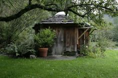 Sun Ray Kelley: This is an example of a yurt kit we offer for sale.