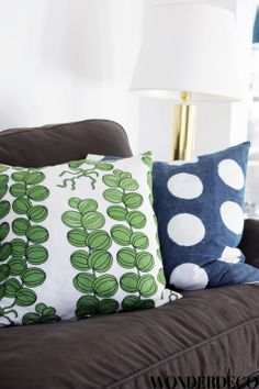 contrast pillows-pattern and color