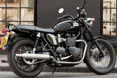 Triumph Bonneville Solo Seat | 2014-Triumph-Bonneville-T100-Black.jpg