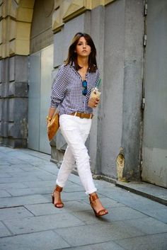 Street Style Look from Madrid Business Lady White Denim and Gingham Outfit. Street Style Look from Madrid Business Lady White Denim and Gingham Outfit. Moda Casual, Casual Chic, Dress Casual, Spring Summer Fashion, Spring Outfits, Spring Style, Spring 2014, Summer 2015, Summer Fall