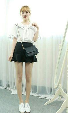Asian Fashion, Girl Fashion, Korean Casual, Long Legs, Girly, Ballet Skirt, Mini, Skirts, Beauty