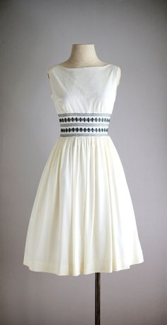 1950s OCEANLINER smocked sun dress