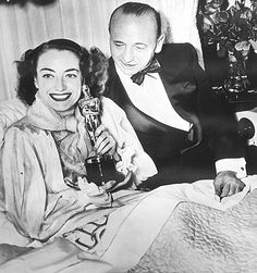 """Oscars: March 7, 1946: Best picture: 'The Lost Weekend'  Joan Crawford's win is considered a surprise. Wartime restrictions on garb are lifted. Actor: Ray Milland, """"The Lost Weekend"""" Actress: Joan Crawford, """"Mildred Pierce""""  Supporting actor: James Dunn, """"A Tree Grows in Brooklyn""""   Supporting actress: Anne Revere, """"National Velvet"""" Director: Billy Wilder, """"The Lost Weekend"""""""