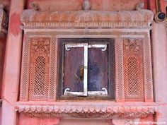 Walk through the heritage Bikaner Havelis where every Haveli will force you to stop and admire it for its ornate facade & architecture. Facade Architecture, Locker, Entrance, Carving, Frame, Home Decor, Picture Frame, Entryway, Decoration Home