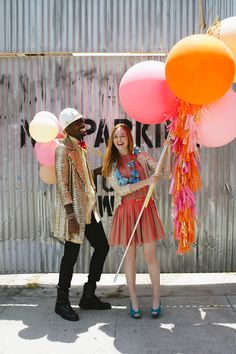 Geronimo Balloons Giant Lollies!