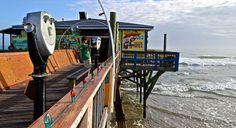 A unique place to eat breakfast in Daytona, Crabby Joe's – Restaurant Review.  http://travelexperta.com/2014/02/places-eat-daytona-beach-crabby-joe.html #restaurantreview #daytonabeach