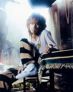 Kiyoharu Singing, Punk, Photo And Video, Fictional Characters, Singers, Pictures, Fantasy Characters, Punk Rock