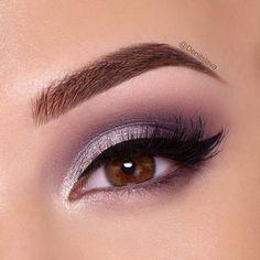 Eye Makeup Tips – How To Apply Eyeliner Purple Eye Makeup, Eye Makeup Tips, Makeup For Brown Eyes, Smokey Eye Makeup, Beauty Makeup, Denitslava Makeup, Purple Wedding Makeup, Makeup Ideas, Makeup Eyeshadow