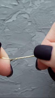 Wire Jewelry Designs, Handmade Wire Jewelry, Diy Crafts Jewelry, Wire Crafts, Wire Wrapped Jewelry, Beaded Jewelry, Jewellery, Bijoux Fil Aluminium, Heart Diy
