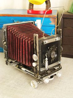 4x5 large format Antique Camera -- wish I had this bad boy for my collection