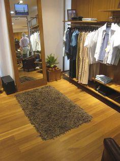 Par-ky Lounge teka en tienda de ropa dockers. Belleza y resistencia en suelos de madera