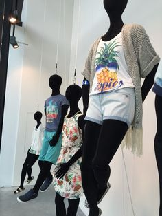 www.l-ismore.be visual merchandising#Zeb#Summer time