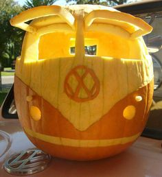 oh wow! a pumpkin carved like a VW bus thats neet! bethkefarms.com