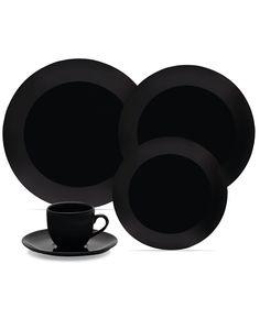 Coup Black 30 peças Suavidade e requinte em total equilíbrio: assim é a Linha Coup. O design clean dessa louça inspira naturalidade  para qualquer tipo de mesa. A cor preta é básica e, ao mesmo tempo, muito sofisticada. Fica linda com qualquer decoração!