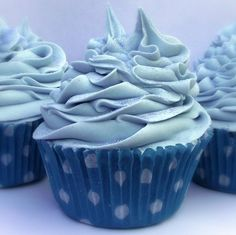 Cupcake Bath Bomb {need to learn how to make these!!} ♥ ♥ ♥