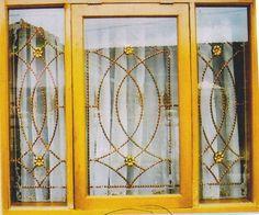 Window Grill Design Modern, House Window Design, Duplex House Design, Simple House Design, Modern Design, Affordable Bedroom Sets, Windows, Interior, Home Decor
