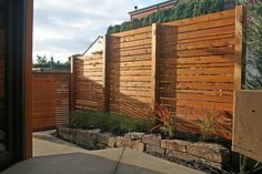 Splendid Wooden fence pickets,Garden fence on slope and Wood fence yard. Fence Landscaping, Backyard Fences, Garden Fencing, Modern Landscaping, Sloping Backyard, Pool Fence, Wood Fence Design, Privacy Fence Designs, Privacy Fences