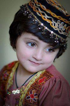 Pashtun Child  Afghan Images Social Net Work:  سی افغانستان: شبکه اجتماعی تصویر افغانستان http://seeafghanistan.com