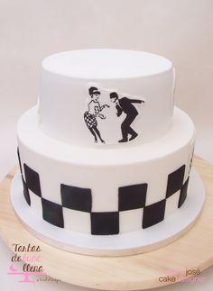 Tarta Ska - Ska theme cake www.tartasdelunallena.blogspot.com maria jose cake designer Galletas Cookies, Rude Boy, Skinhead, 50th, Cupcake Cakes, Fondant, Party Ideas, Desserts, Food