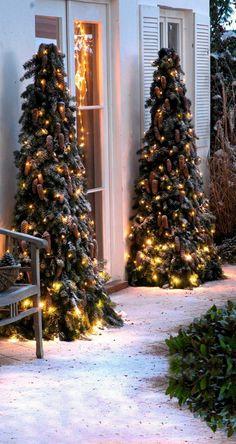 Guter Eingang - New Ideas Christmas Nativity Scene, Christmas Makes, Outdoor Christmas, Rustic Christmas, Christmas Crafts, Christmas Tree, Christmas Ornaments, Xmas Trees, Christmas Lights Images