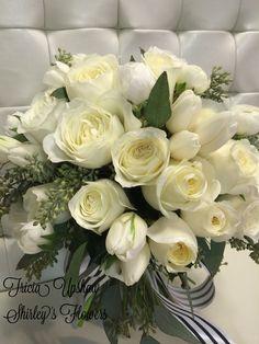 White garden rose bridal bouquet ❤️