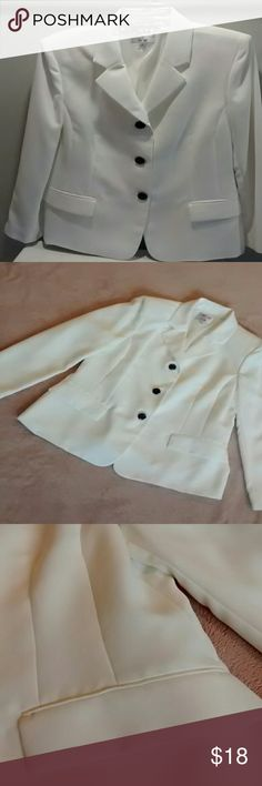 Collections for Le Suit (ladies size 16) Beautiful off-white blazer.  Great condition.  Size 16 women.  100% Polyester.  Lining: 100% Acetate. Love offers!  Bundle and save 15% All items are from a smoke/pet free home  No trades Fast Shipping! Collections for Le Suit Jackets & Coats Blazers