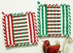 Holiday Woven Potholders Winter Stocking Stuffer Kitchen Home Decor Gift, Cotton Loops, Red Green White Stripes Potholder Loom, Potholder Patterns, Loom Patterns, Homemade Potholders, Nifty Crafts, Hand Weaving, Weaving Looms, Sewing Projects, Fun Projects