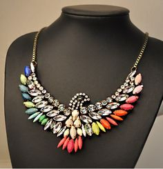 Item Type: Pendant Necklace   Gender: Women   Style: Trendy   Shape/Pattern: Animal   Length: 45CM   Weight: 0.12KG   Package Contents: 1 x Necklace