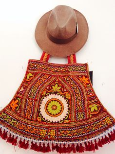 Hand Embroided bag Nota's Boutique
