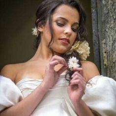 @emillyaraujoc  a #campeã do #bbb17 fez um ensaio #princesa pra o @gshow #EmillyNaRedeBBB #emillycampeã #bigbrother #redebbb #globo #noticias #famosos #celebrity #nature #art #redeglobo #like4like #paz #love #likeforlike #princess #gshow #cute #photooftheday #shooting #photo http://tipsrazzi.com/ipost/1517563838144077662/?code=BUPeEU4jl9e