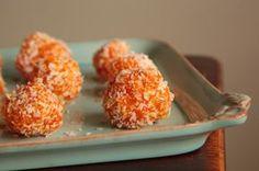 Τα πιο νόστιμα τρουφάκια σοκολάτας με γεύση πορτοκάλι, σε περιμένουν να τα απολαύσεις. Η ξεχωριστή γεύση τους θα σε τρελάνει.