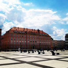#plac #nowytarg #wrocław #wroclaw #wroclove #polskiemiasto #polska #poland #sky #niebo #summer #lato #clouds #niebo #sunny #slonecznie