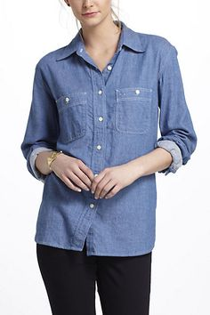 Love workwear - this little top is by Imogene + Willie. #dreamindenim