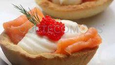 Tartaletas rellenas de philadelphia con salmon ahumado y surtido de caviares | Restaurante mesón tapería cafetería Benfeito en Vigo
